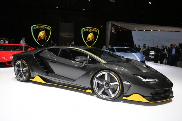 2016 Geneva Motor Show-Lamborghini Centenario