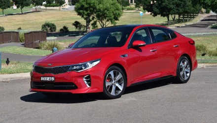 2016 Kia Optima GT Turbo review (video)