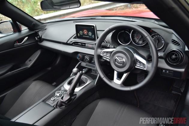 2016 Mazda MX-5 Roadster 2L-interior