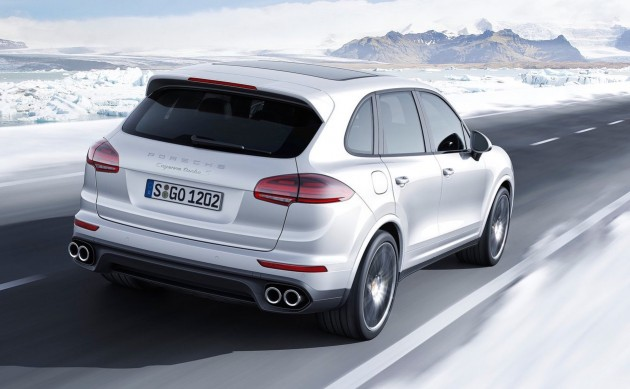 2016 Porsche Cayenne Turbo S-rear