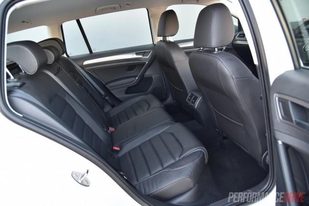 2016 Volkswagen Golf Alltrack-rear seats