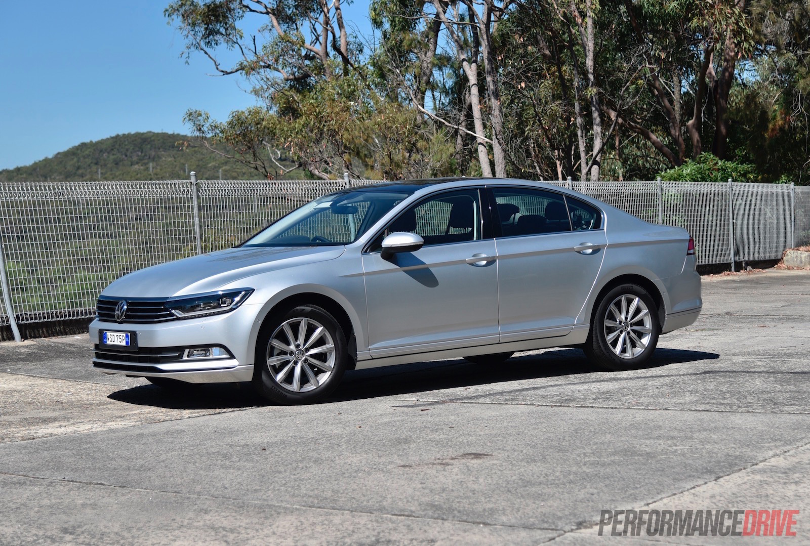 2016 volkswagen passat 132tsi review video. Black Bedroom Furniture Sets. Home Design Ideas