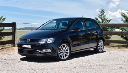 2016 Volkswagen Polo 81TSI Comfortline review (video)