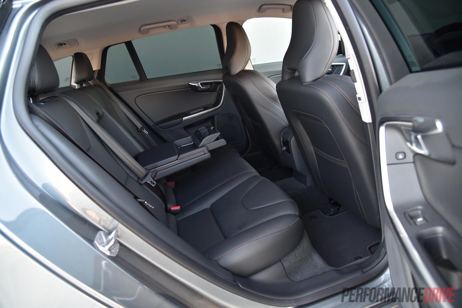 2016 Volvo V60 Cross Country Rear Seats