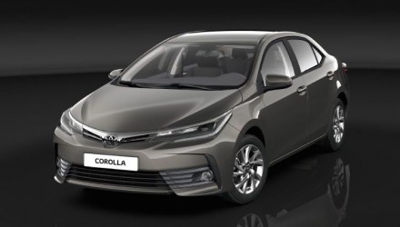 2017 Toyota Corolla sedan goes for premium look