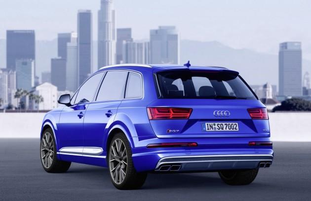 Audi SQ7-rear