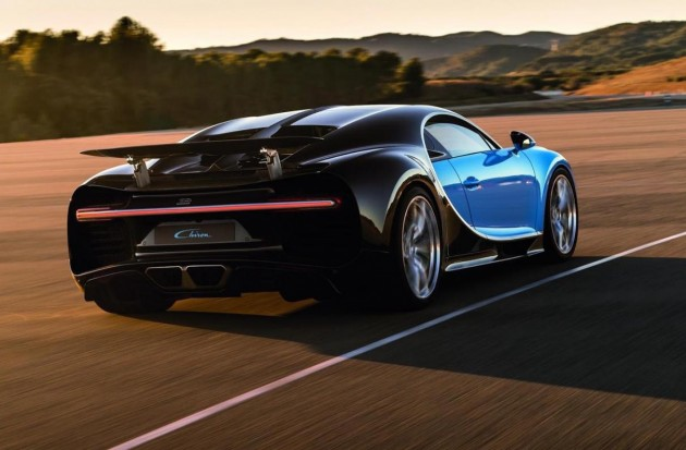Bugatti Chiron-rear