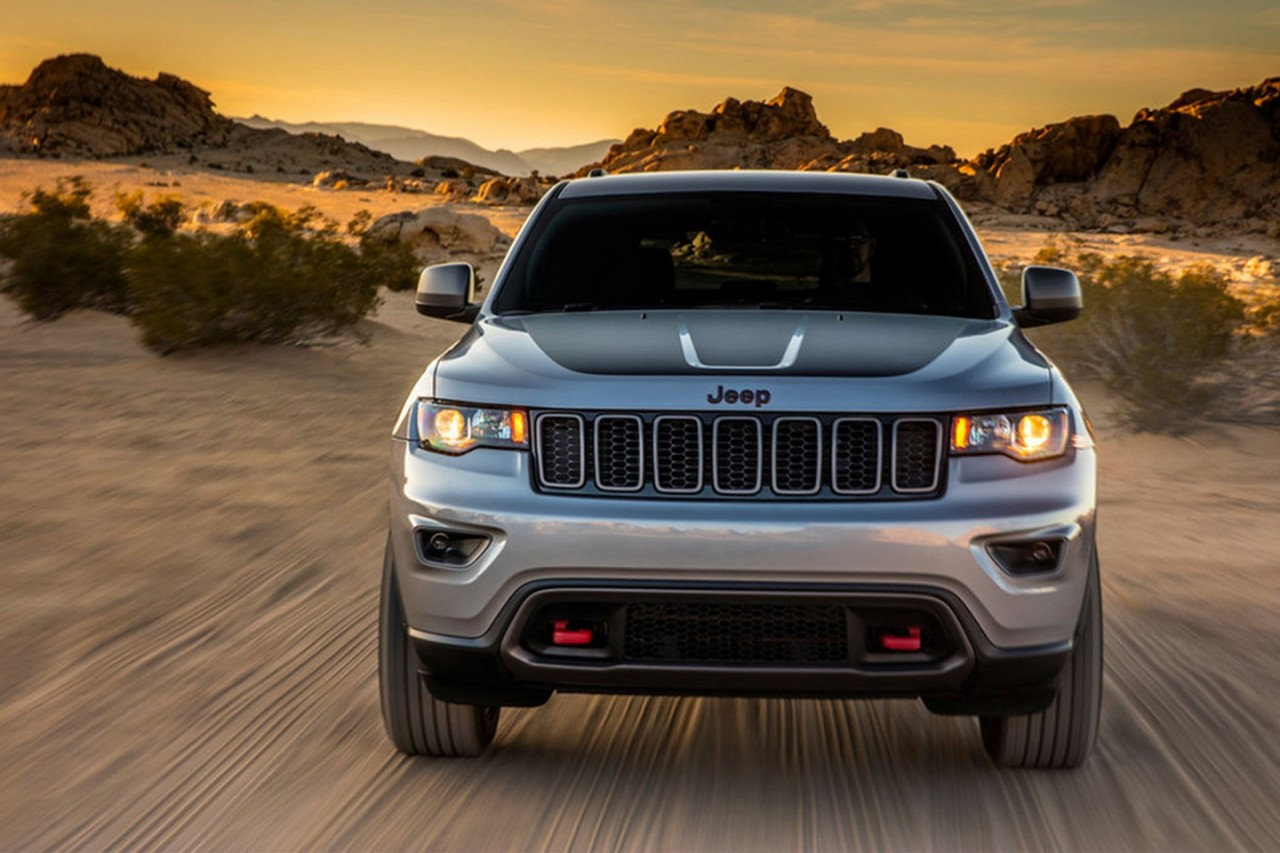 2017 jeep grand cherokee trailhawk leaks out early performancedrive. Black Bedroom Furniture Sets. Home Design Ideas