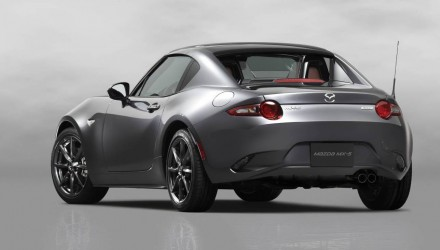 Mazda MX-5 RF hardtop convertible revealed