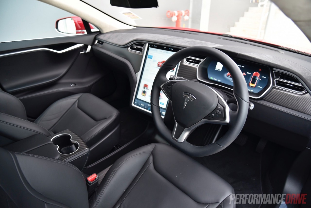 2016 tesla model s 90d 7 1 review video performancedrive for Interior tesla model s