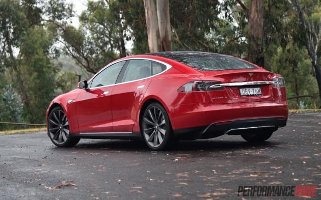 Tesla Model S 90D-rear