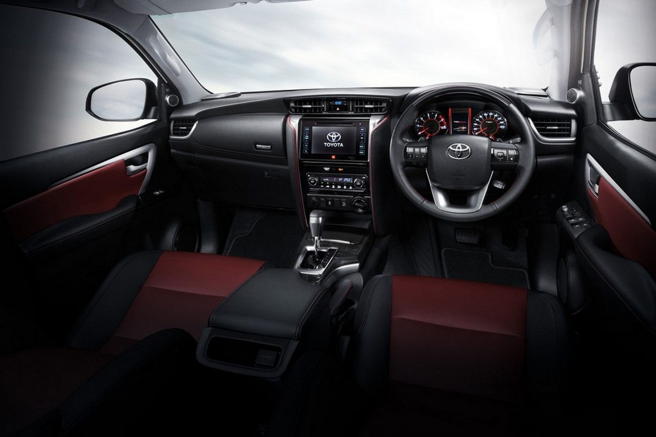 toyota fortuner trd sportivo package announced performancedrive. Black Bedroom Furniture Sets. Home Design Ideas