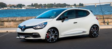 2016 Renault Clio RS 220 Trophy-frost white