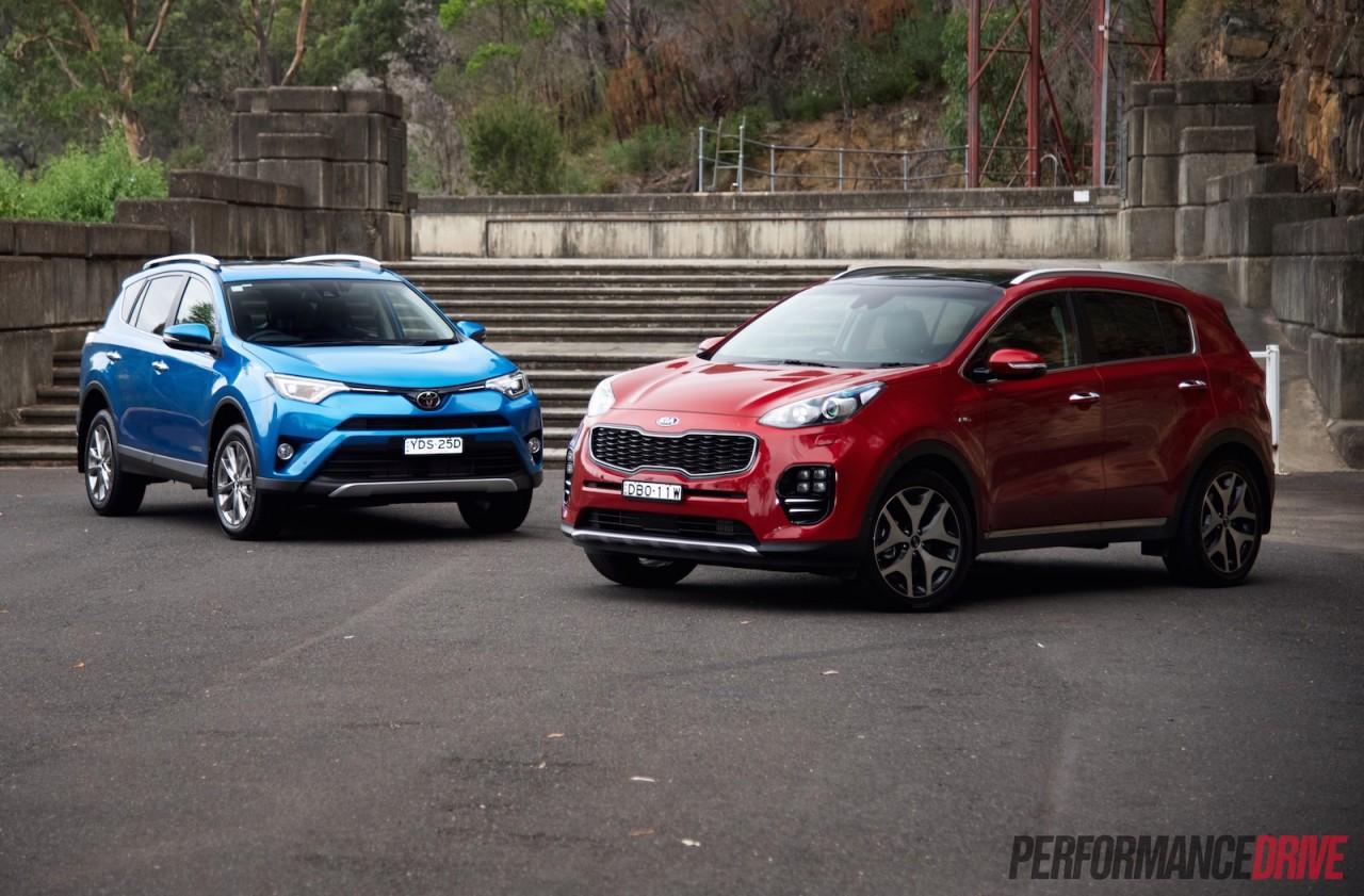 Toyota Platinum Warranty >> Toyota RAV4 vs Kia Sportage: fleet car comparison