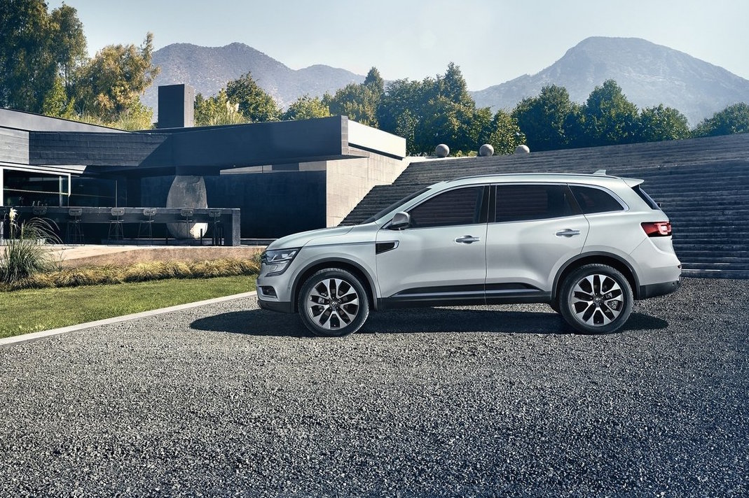 2017 renault koleos unveiled larger more upmarket performancedrive. Black Bedroom Furniture Sets. Home Design Ideas