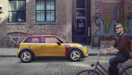 MINI Hipster Hatch announced, comes with Instagram windows