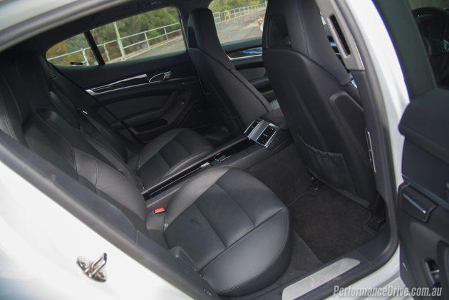 Porsche Panamera Diesel-rear seats