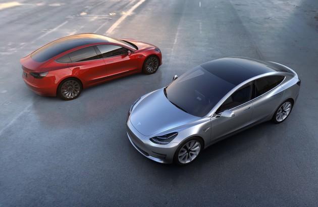 Tesla Model 3-1