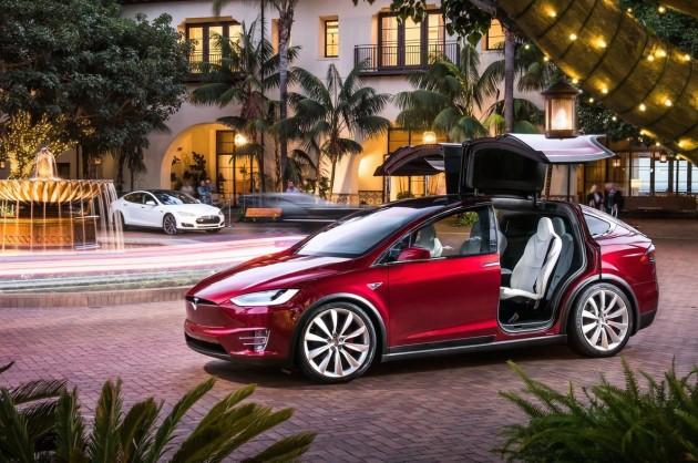 Tesla Model X and S