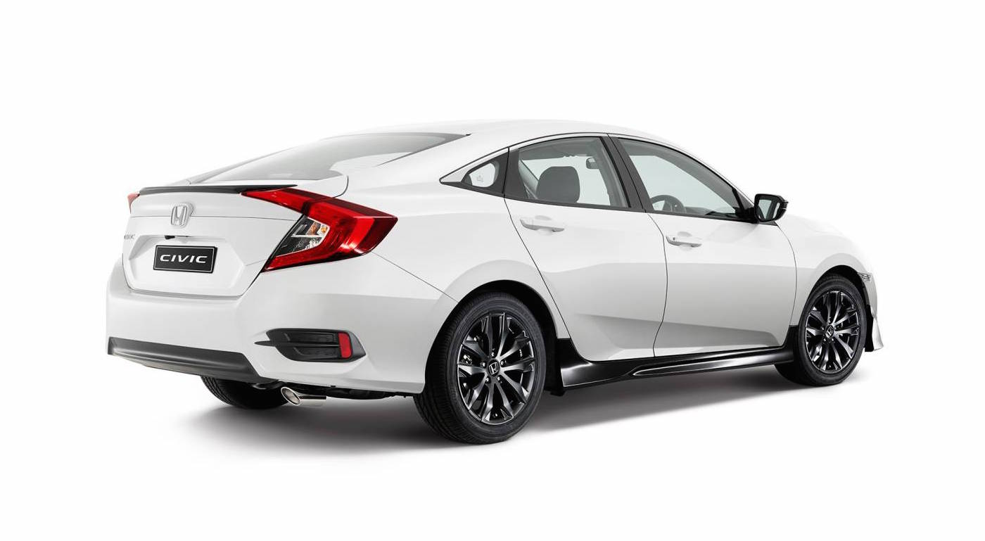 2016 honda civic sedan gets sporty black pack option in australia performancedrive. Black Bedroom Furniture Sets. Home Design Ideas