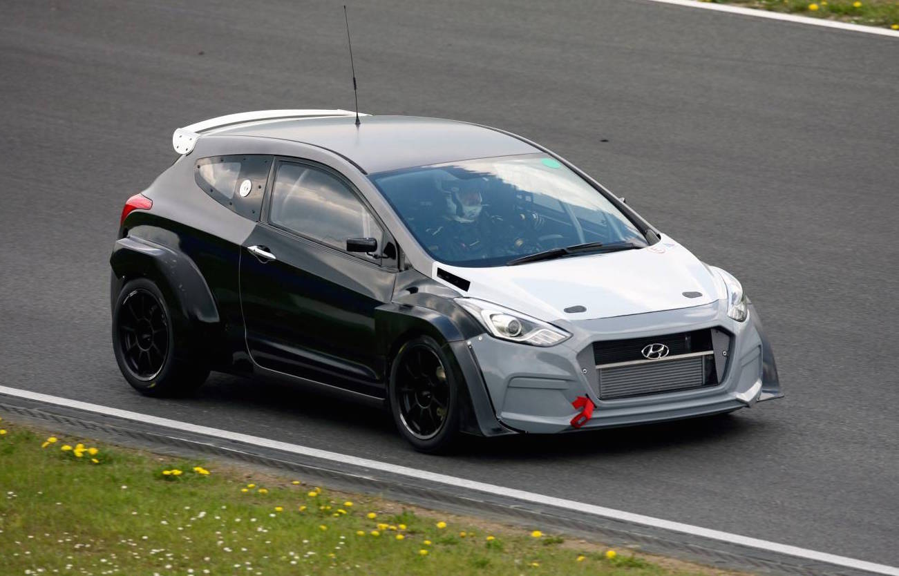 hyundai i30 n hot hatch development progresses to nurburgring 24hr performancedrive. Black Bedroom Furniture Sets. Home Design Ideas