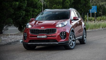 2016 Kia Sportage Platinum diesel review (video)