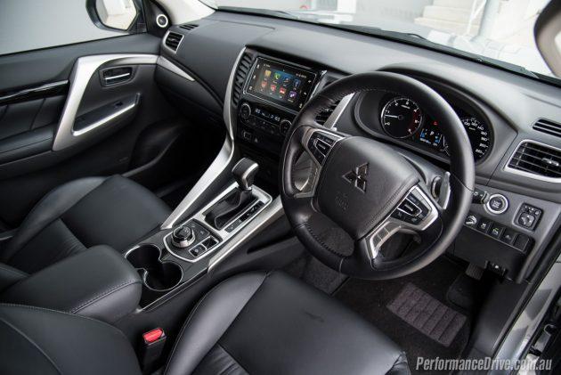 2016 Mitsubishi Pajero Sport Exceed-interior