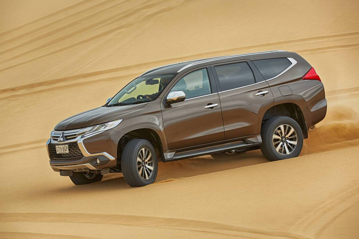 mitsubishi pajero sport update coming in july adds seven seats performancedrive. Black Bedroom Furniture Sets. Home Design Ideas