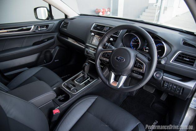 2016 Subaru Outback 3.6R-interior