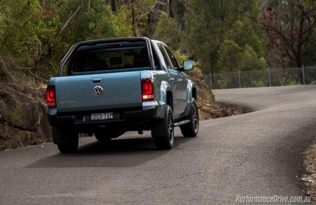 2016 Volkswagen Amarok Atacama-taillights