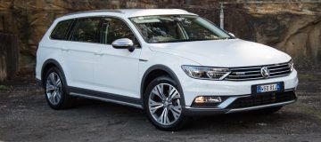 2016 Volkswagen Passat Alltrack-white