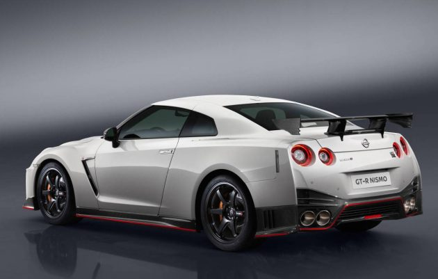 2017 Nissan GT-R Nismo-rear