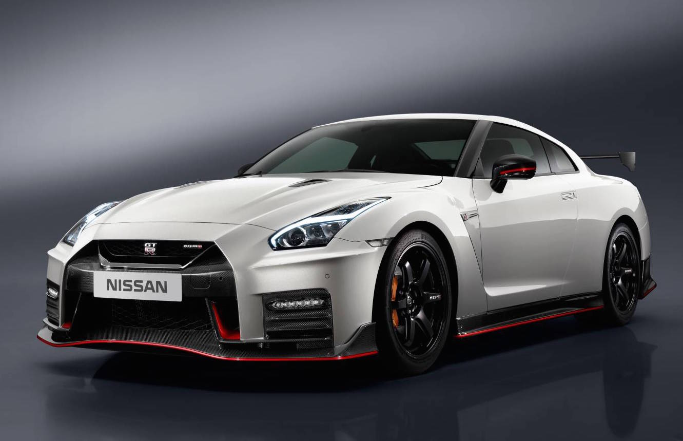 2017 nissan gt r nismo unveiled performancedrive. Black Bedroom Furniture Sets. Home Design Ideas
