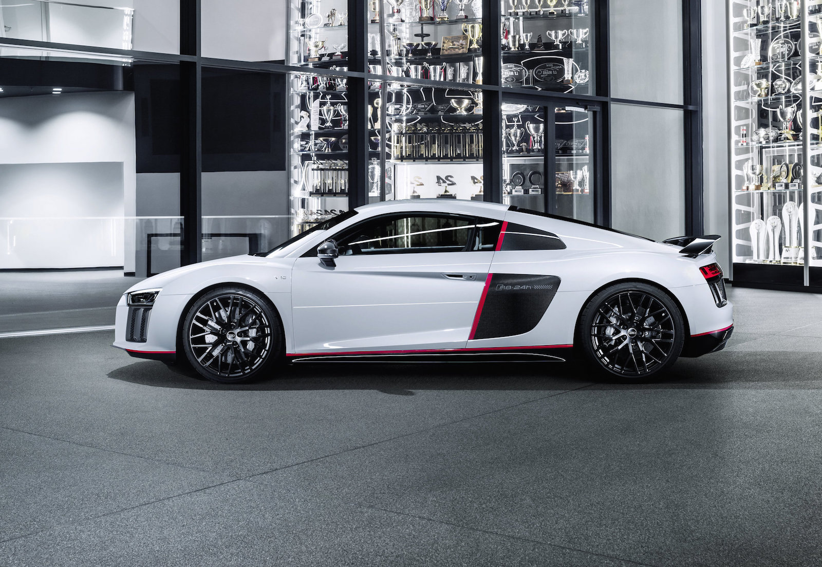 audi r8 v10 39 selection 24h 39 special edition announced performancedrive. Black Bedroom Furniture Sets. Home Design Ideas