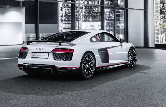 Audi R8 V10 plus selection 24h-rear