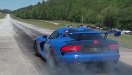 Twin-turbo Dodge Viper breaks half-mile speed record (video)