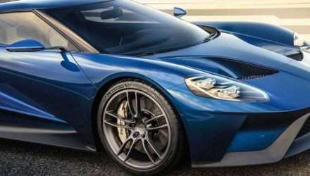 New Ford GT gets optional carbon fibre wheels, made in Australia