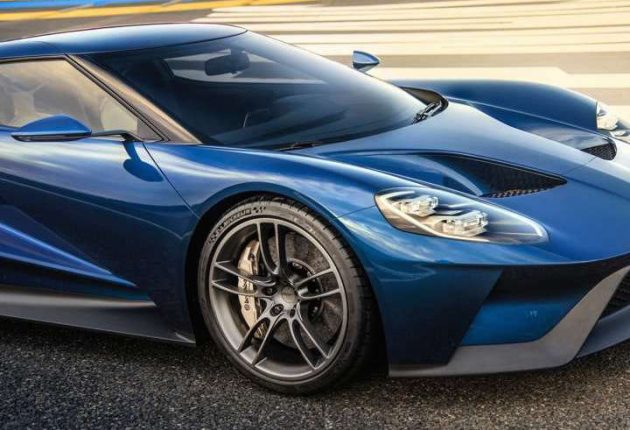 Ford GT standard wheels