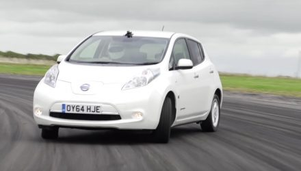 Video: Nissan LEAF gets plastic rear wheels, for fun