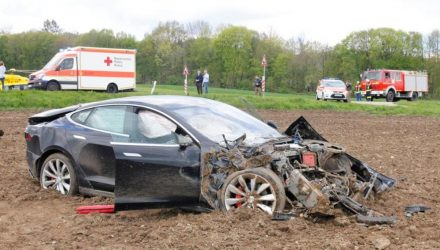 5 passengers survive massive crash in Tesla Model S in Germany