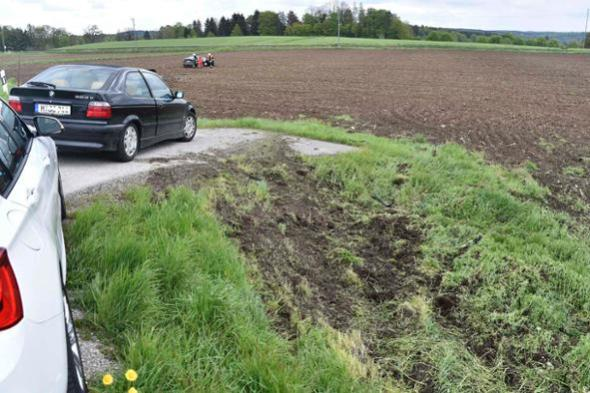 Tesla Model S crash Germany-ramp