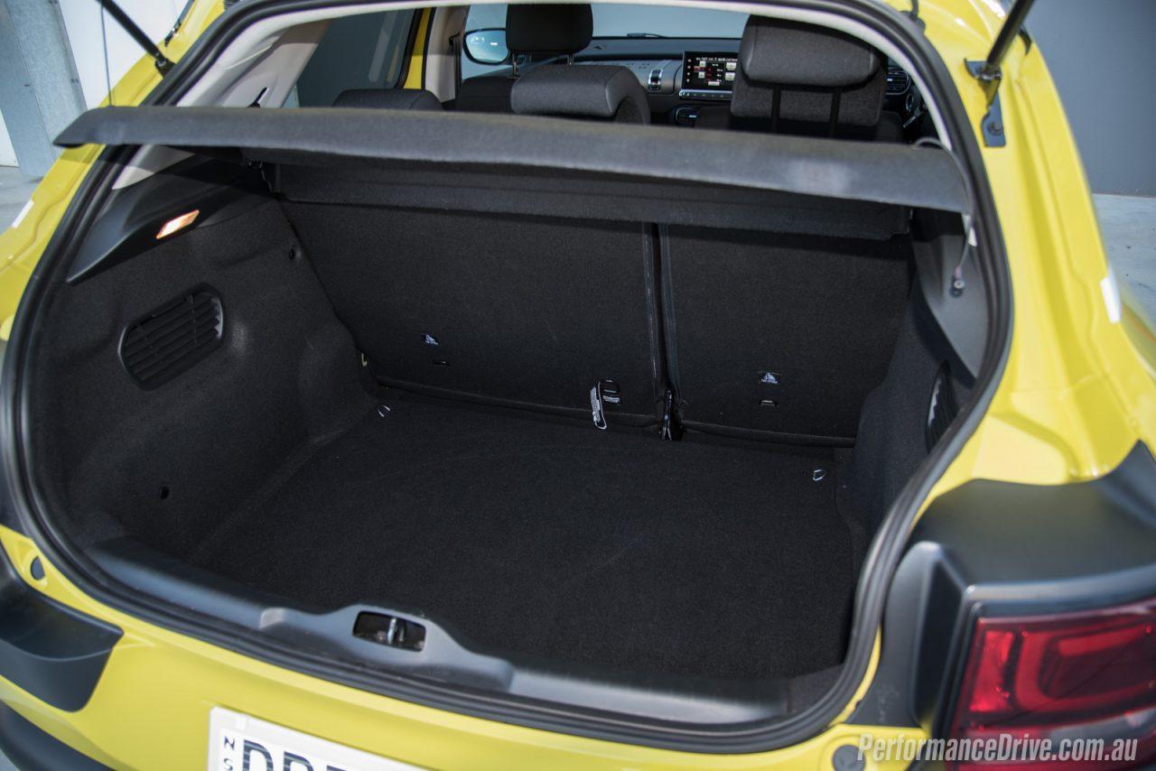 2016 Citroen C4 Cactus Diesel Review Video