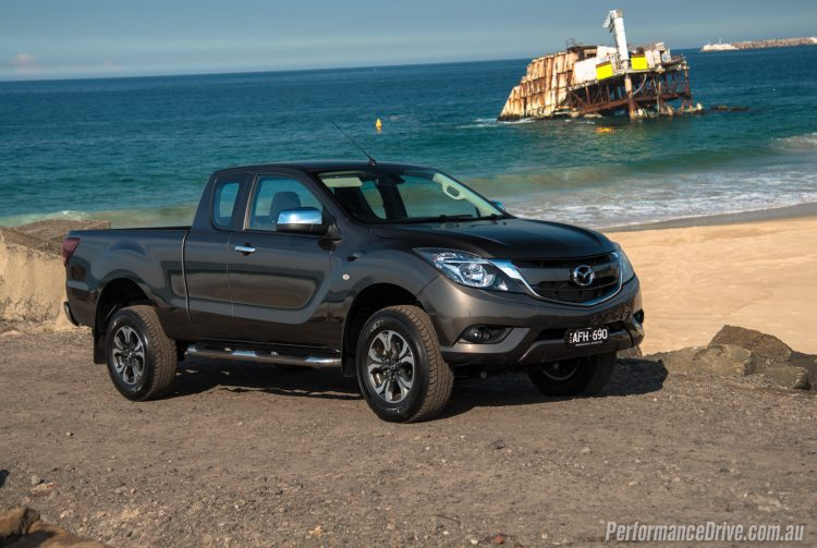 2016 Mazda BT-50 XTR Freestyle-beach