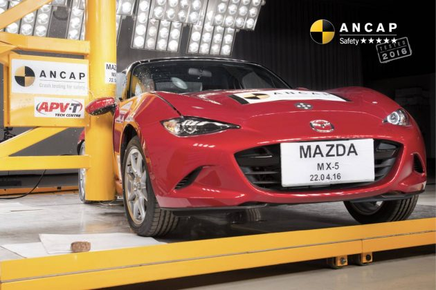 2016 Mazda MX-5 ANCAP pole crash test