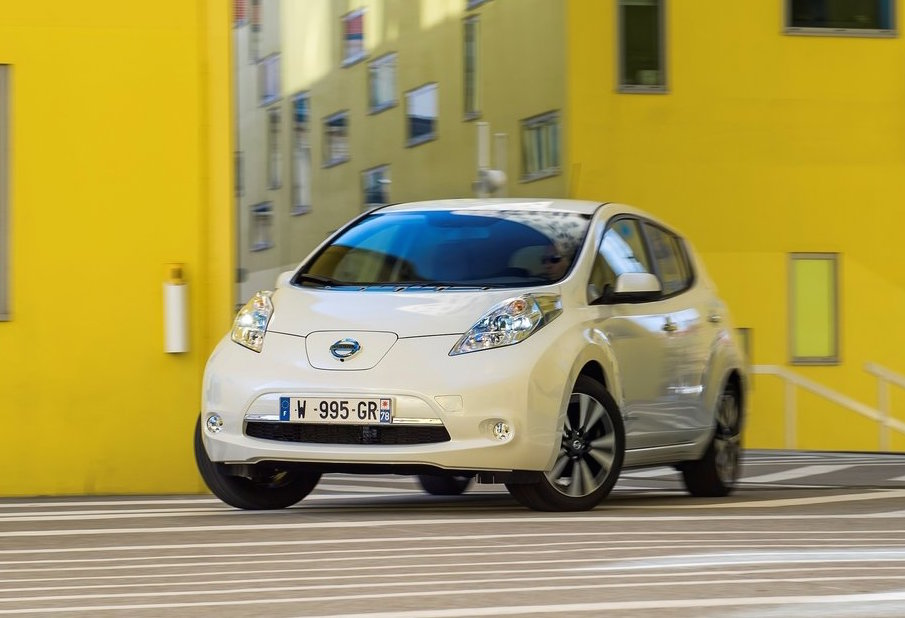 next nissan leaf could come with 60kwh battery. Black Bedroom Furniture Sets. Home Design Ideas