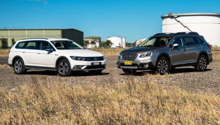 2016 Subaru Outback vs Volkswagen Passat Alltrack-6