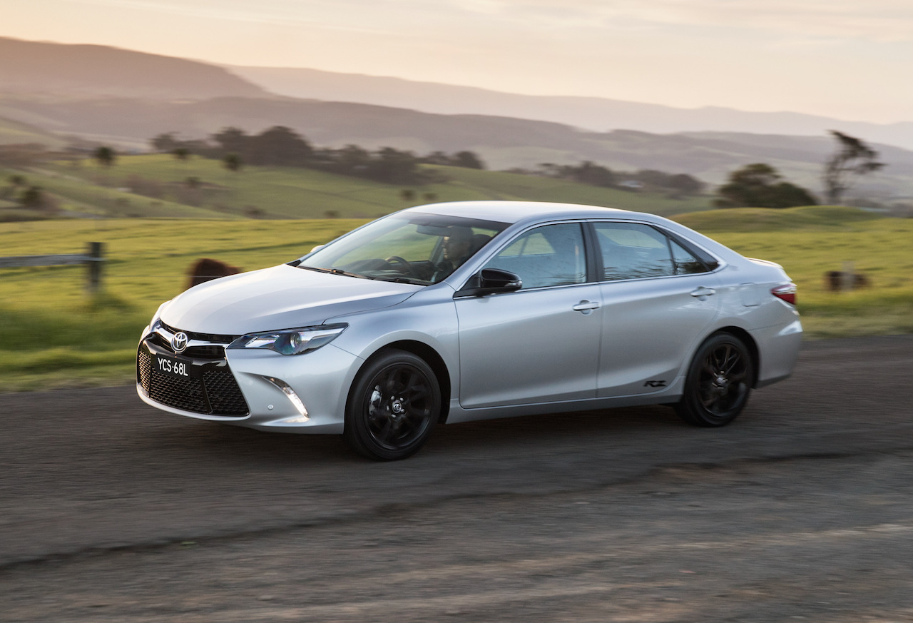 2016 Toyota Camry RZ on sale in Australia from $28,490 ...