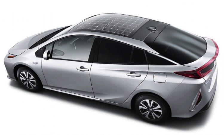 2016 Toyota Prius plugin-solar roof