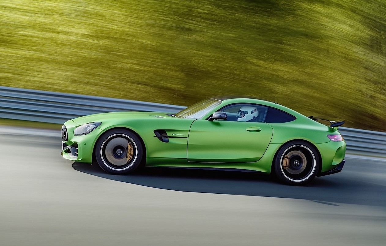 mercedes amg gt r makes official debut performancedrive. Black Bedroom Furniture Sets. Home Design Ideas