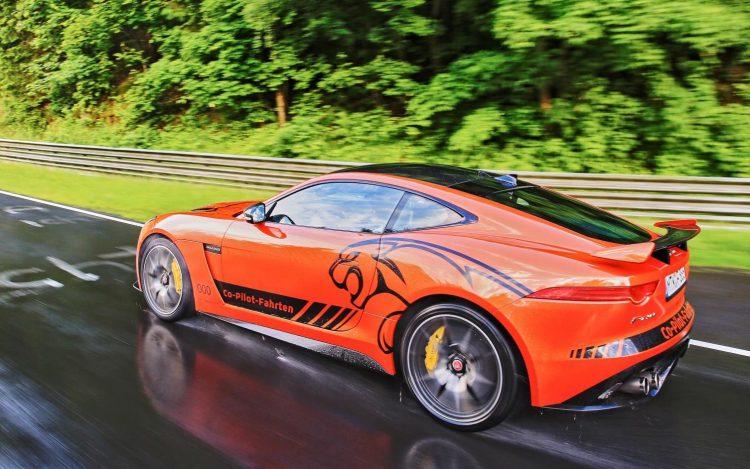 Jaguar F-Type SVR-Nurburgring